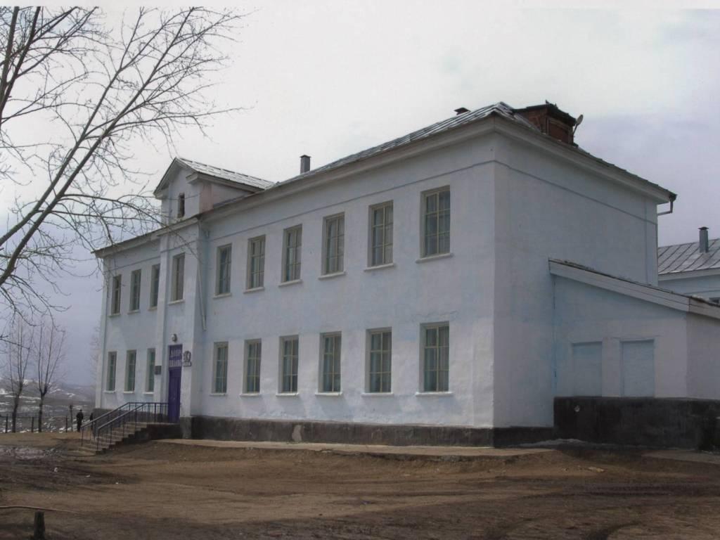Новотроицк - Школа №4 - Фото с сайта школы